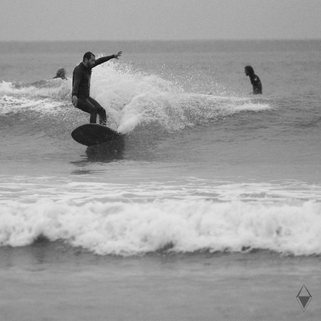 "Early morning slide on my board ""Beluga"" 9'2 Tremble <br />Photo by: Phil Albritton 5/11/2016<br />Edited by: Me <br />#beachlife #enjoyeveryday #longboardsurfing"